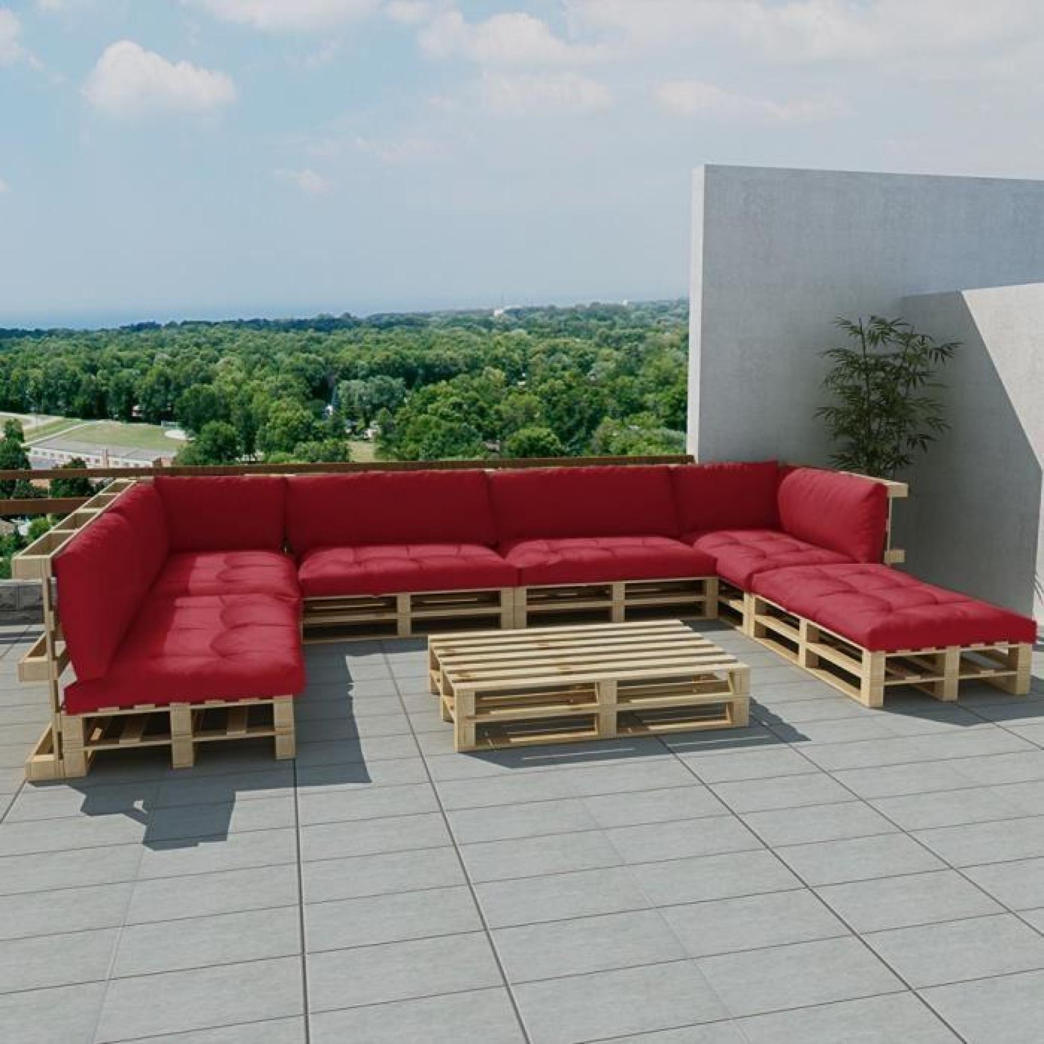 Salon d\'extérieur en palette de bois avec 13 coussins rouge 21 pcs