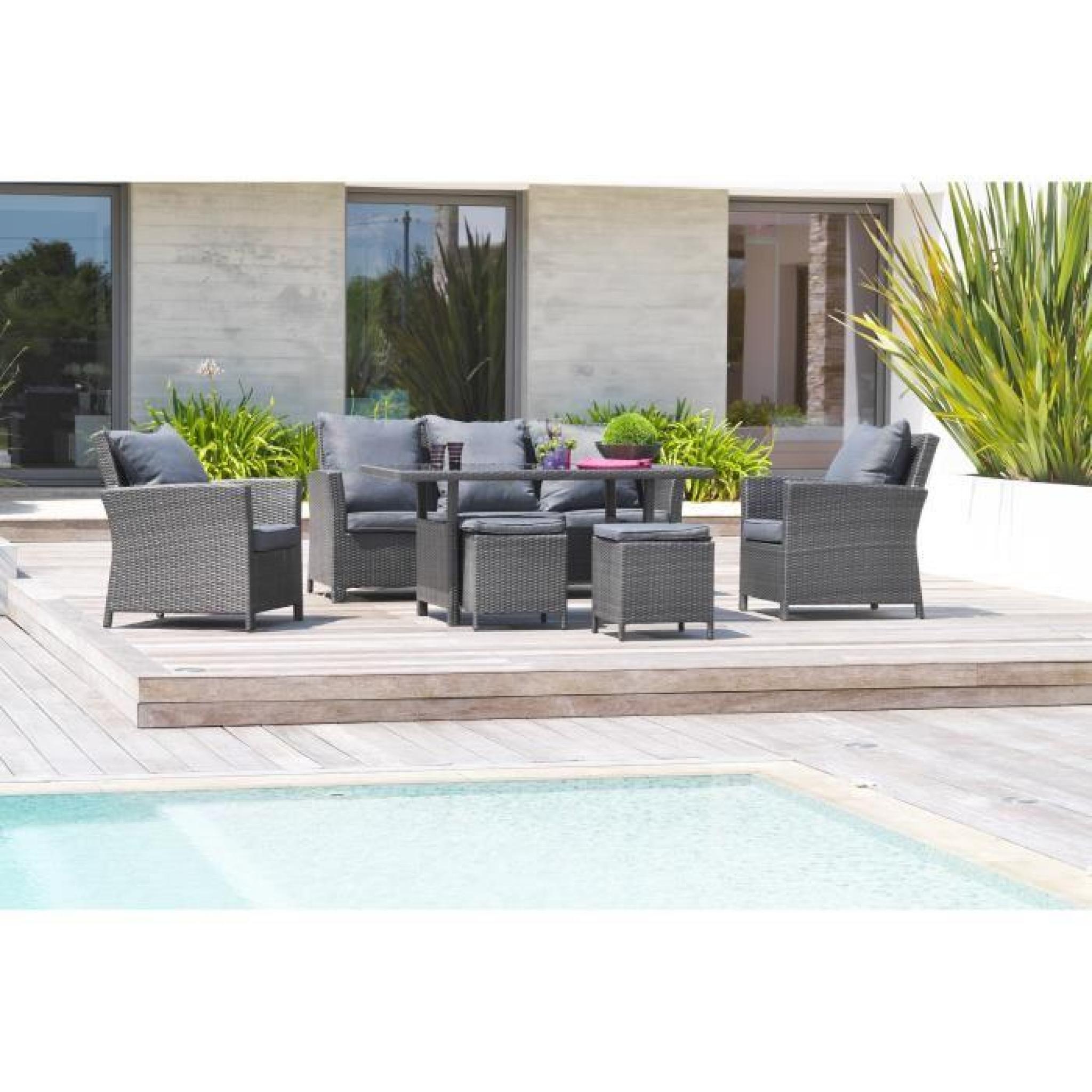 DCB GARDEN Salon de jardin Festy 1 table, 1 canapé 3 places, 2 fauteuils et  2 poufs en résine tressée - Plateau verre - Gris